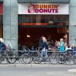 ������, ������: Cafe Dunkin Donuts on Friedrichstrasse