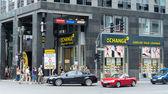 Friedrichstrasse - ist eine der berühmtesten straßen — Stockfoto