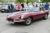 Sport car Jaguar E-Type 3,8 — 图库照片