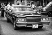 Car Cadillac DeVille Le Cabriolet (black and white) — Stockfoto