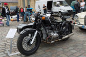 Soviet-Russian heavy motorcycle with sidecar Ural Retro — Stock Photo