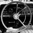Cab full-size car Rambler Ambassador 990 (black and white) — Stock Photo