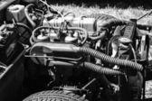 イギリス エンジンの 2 座席スポーツ車トライアンフ スピットファイア 1500 (黒と白) — ストック写真