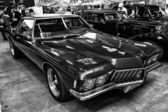 Personal luxury car Buick Riviera, third generation, (black and white) — Stock Photo