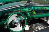 キャブ カスタム車、ビュイックスカイラークに基づいて — ストック写真