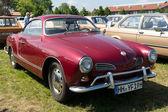 Carro esportivo alemão volkswagen karmann ghia — Foto Stock