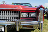 Head lamp full-size personal luxury car Cadillac Eldorado (Eighth generation) — Stock Photo