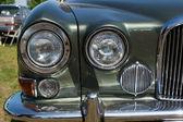 ヘッド ランプ フルサイズ高級車ジャガー マーク x — ストック写真