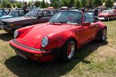 Sports car Porsche 911 classic — Stock Photo