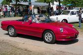 The two-door roadster Alfa Romeo Spider (Series 4) — Stock Photo