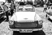 De oost-duitse auto wartburg 311-2 cabriolet, (zwart en wit) — Stockfoto