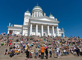 Helsinki Cathedral and the spectators in the Senate Square. Latin dance festival — Stock Photo