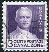 Postage stamp printed in Panama Canal Zone, dedicated to 20th anniversary of the Panama Canal opening, shows George Washington Goethals — Foto de Stock