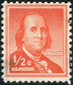 Postage stamp printed in the USA, a portrait of 6th President of Pennsylvania, the founder of the United States, Benjamin Franklin by Joseph Duplessis — Stock Photo