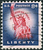A postage stamp printed in USA, shows one of the symbols of America, Statue of Liberty — ストック写真