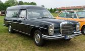 Hearse Mercedes-Benz W108 — ストック写真