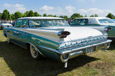 Full-size automobile Oldsmobile 98 (Ninety-Eight), rear view — Stock Photo