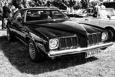 Mid-size car Pontiac Grand Am (black and white) — Stock Photo
