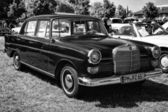 PAAREN IM GLIEN, GERMANY - MAY 19: Executive car Mercedes-Benz 190DC (W110 First Series), black and white, The oldtimer show in MAFZ, May 19, 2013 in Paaren im Glien, Germany — Stock Photo