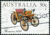 AUSTRALIA - CIRCA 1984: Postage stamp printed in Australia, shows Australian-made vintage cars: Thomson, 1898, circa 1984 — Stockfoto