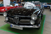 Luxury car Alfa Romeo 2600 Spider — Foto de Stock