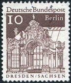 Postage stamp printed in Germany (West Berlin), shows Wall Pavilion, Zwinger, Dresden — Stock Photo