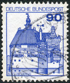 Postage stamp printed in Germany, shows Vischering Castle — Stock Photo
