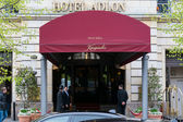 Hotel Adlon Kempinski. Hotel Adlon is one of the most famous and luxurious hotels in Europe. — Stock Photo