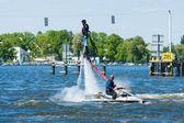 Demonstration performance at Flyboard. 2nd Berlin water sports festival in Gruenau. — 图库照片
