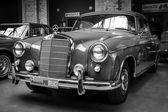 Luxury car Mercedes-Benz — Stock Photo
