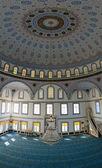 AVSALLAR, TURKEY - JUNE 30, 2014: The interior of the main mosque in the village of Avsallar. Anatolian coast. — Foto de Stock