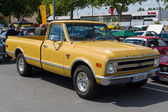 BERLIN, GERMANY - MAY 17, 2014: Full-size pickup truck Chevrolet C20. 27th Oldtimer Day Berlin - Brandenburg — Stock Photo