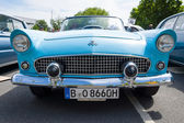 BERLIN, GERMANY - MAY 17, 2014: Personal luxury car Ford Thunderbird (first generation). 27th Oldtimer Day Berlin - Brandenburg — Foto de Stock