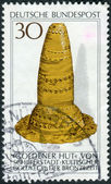 Postage stamp printed in Germany, Archaeological Heritage Issue, shows the Golden Hat, Schifferstadt, Bronze age — Stock Photo