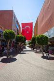 The shopping street in Alanya. Alanya a popular Mediterranean resort. — Stock Photo
