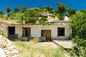 Taurus Mountains. Old and abandoned house in mountain village Sirtkoy. Antalya Province. Turkey — Stock Photo