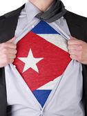 ο άνθρωπος των επιχειρήσεων με κούβας σημαία t-shirt — Φωτογραφία Αρχείου