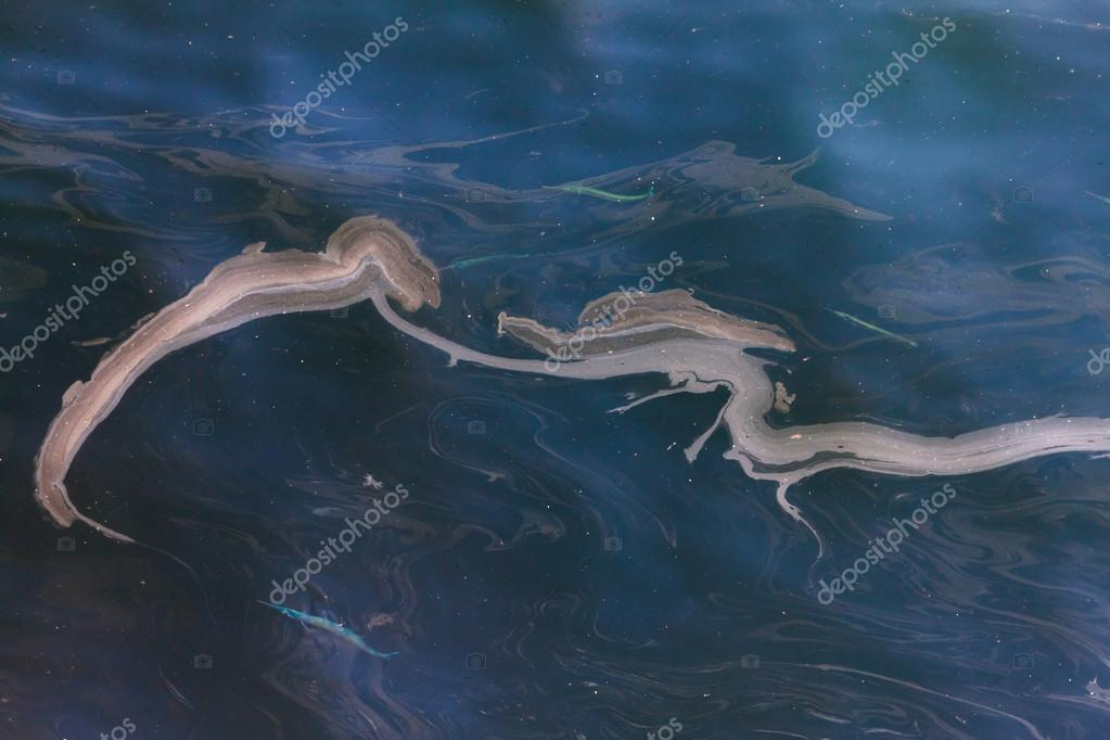 Oil pollution in the sea water. — Stock Photo #13483137