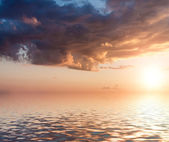 Dramatic sunset. — Stock Photo