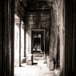 Passage view of a face in Bayon, Angkor, Cambodia — Stock Photo