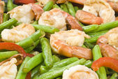 Stir Fry Shrimps with Green Beans and Red Pepper — Stock Photo