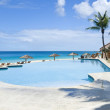 Swimming Pool on the Beach — Foto Stock