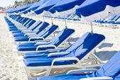 Line of Beach Chairs on a Caribbean Beach — Stock Photo