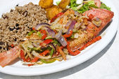 Pan Fried Red Snapper with Vegetables and Rice — Stock Photo