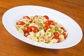 Pasta with Smoked Wild Salmon, Grape Cherry Tomatoes and Asparagus — Stock Photo
