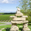 Inuit Inuksuk Standing in a Vineyard — Stock Photo
