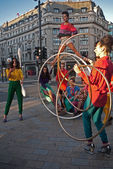 A circus themed fashion shoot at Oxford Circus. — Stock Photo
