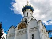Dreifaltigkeits-kathedrale. sergij-dreifaltigkeitslavra — Stockfoto