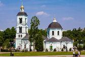 聖母寺レニノで春を生命を与えます。モスクワ — ストック写真