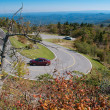hårnål kurva road i blue ridge mountains — Stockfoto